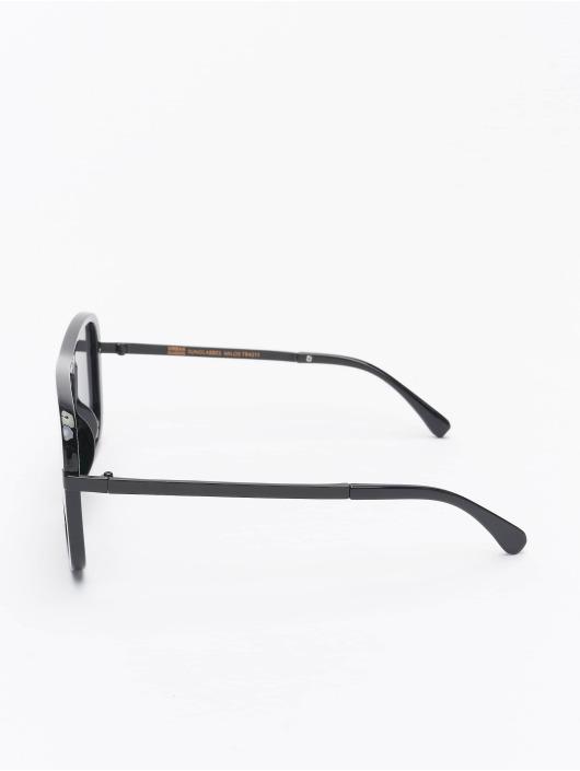Urban Classics Zonnebril Sunglasses Milos zwart