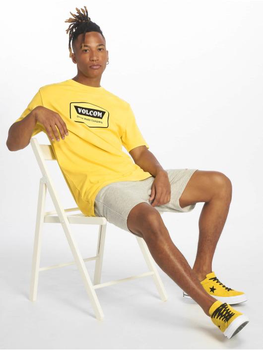 Volcom T-skjorter Cresticle gul