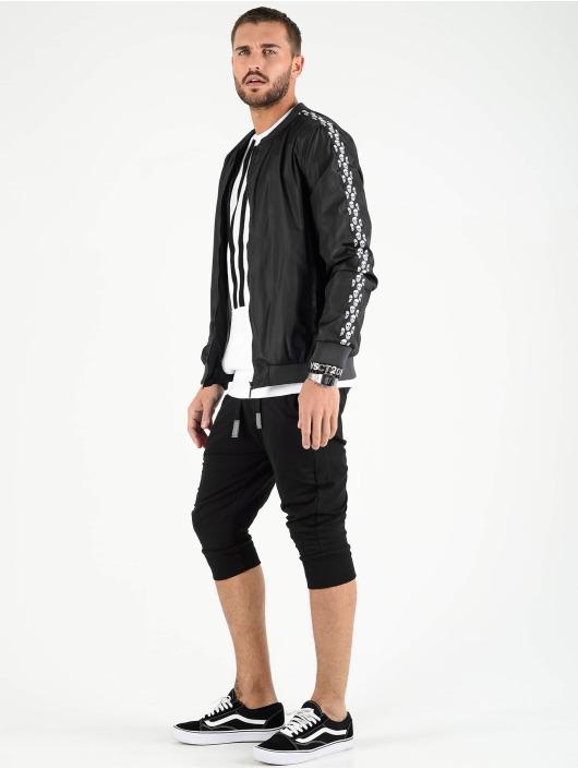 VSCT Clubwear Демисезонная куртка Skull Striped черный