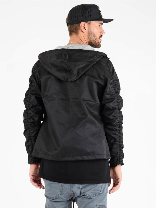 VSCT Clubwear Демисезонная куртка Conzraast Neon Zipper черный
