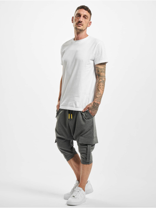 VSCT Clubwear Pantalón cortos Shogun gris