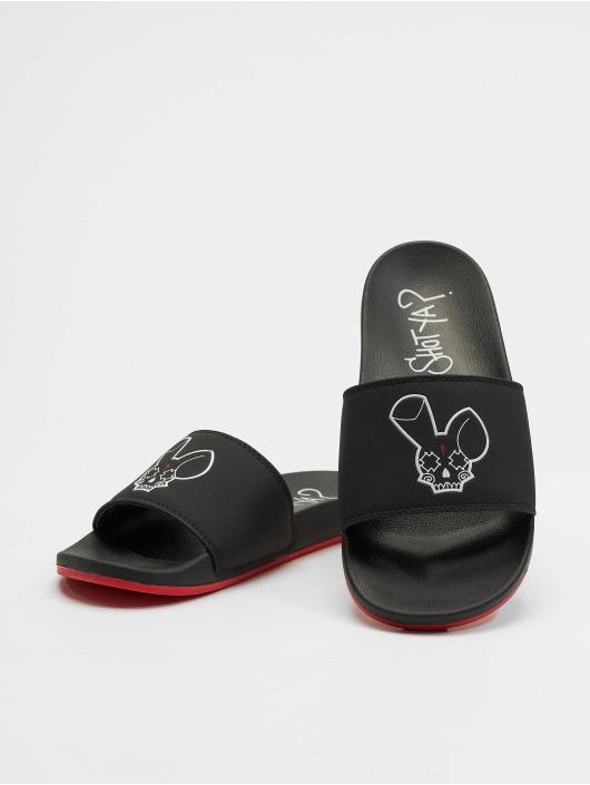 Who Shot Ya? Badesko/sandaler Logo svart