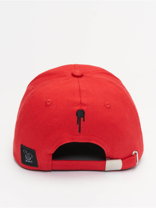 Who Shot Ya? Casquette Fitted Sniper Daddy rouge