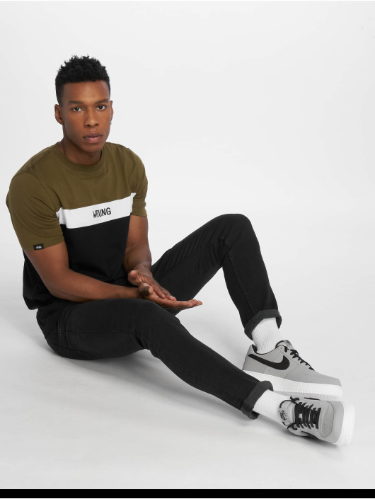 Wrung Division T-Shirt Buck schwarz