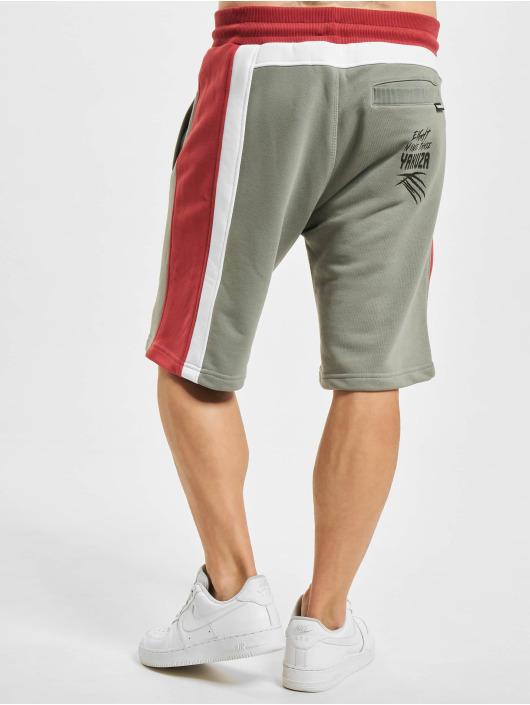 Yakuza Shorts Raid Tri Face grau