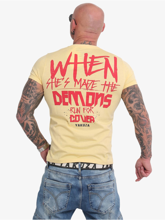 Yakuza T-paidat Run For Cover keltainen