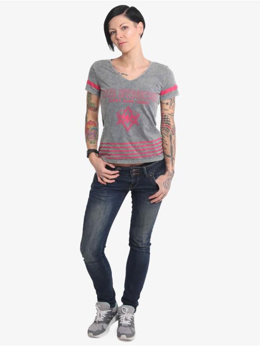 Yakuza T-Shirt International Stripes V Neck grau