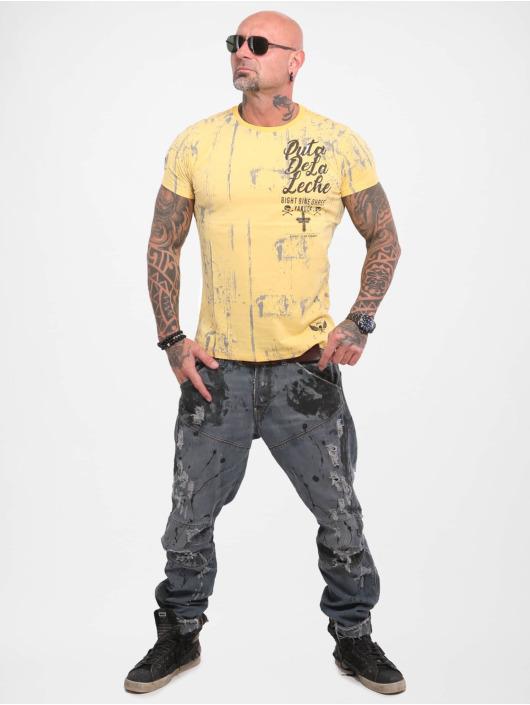 Yakuza T-skjorter Puta De La Leche gul