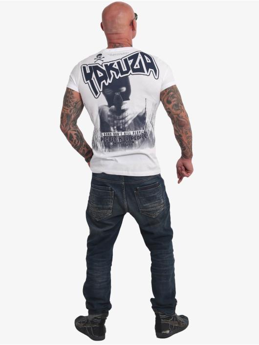 Yakuza T-skjorter Guns Vs People hvit