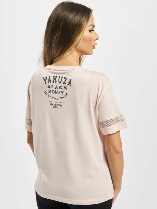 Yakuza T-skjorter Black Money Panelling Box Fit lyserosa