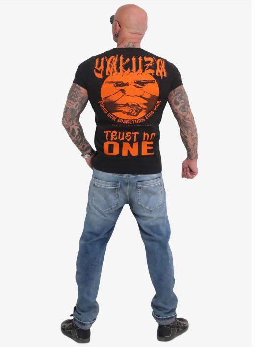 Yakuza T-skjorter Trust No One svart