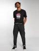 Mister Tee T-Shirt Broken Dreams noir 1