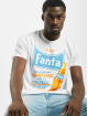 Merchcode T-shirt Fanta Refreshing bianco