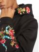 Mister Tee Hettegensre Flowers Embroidery svart