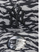 New Era Casquette Trucker mesh MLB New York Yankees Tiger Print 9Forty gris