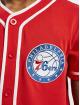New Era Skjorte NBA Philadelphia 76ers Piping Button Up rød