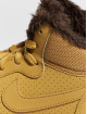 Nike Baskets Court Borough Mid brun 6