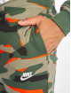 Nike Jogginghose Club Camo FT grün