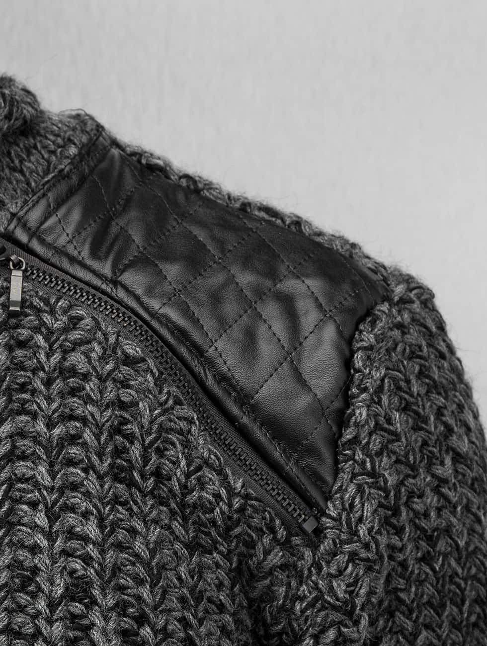 Bangastic Pullover Knit grau