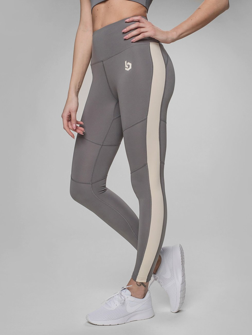 Beyond Limits Legging Statement grau