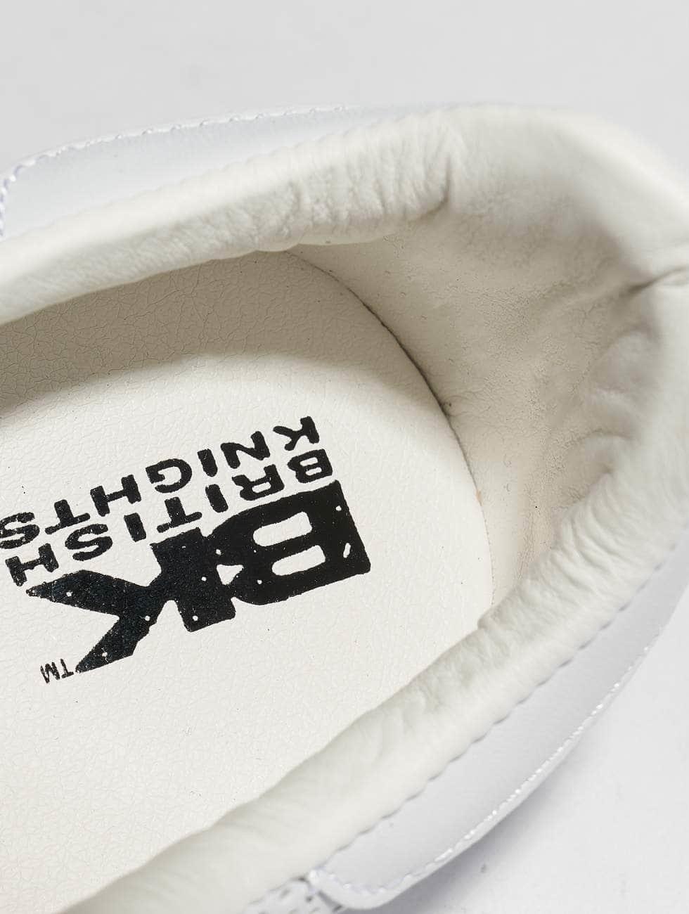 Chevaliers Britanniques Schoen / Point De Chaussure Dans L'esprit 465782 Magasin De Destockage 2018 Nouvelle Mode À Vendre JXeHhH