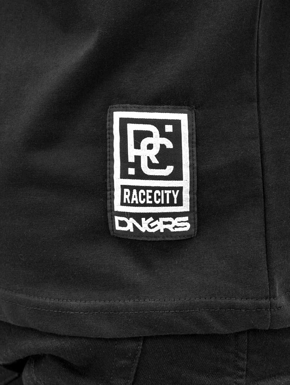 Dangerous DNGRS Tričká Sprayed Logo Race City èierna