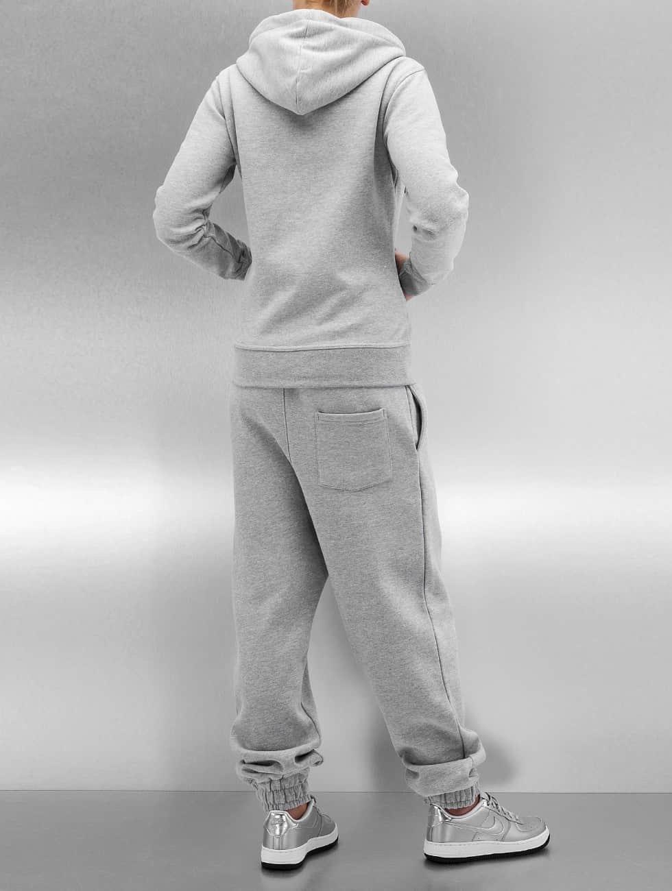 DEF Suits Kirsi gray