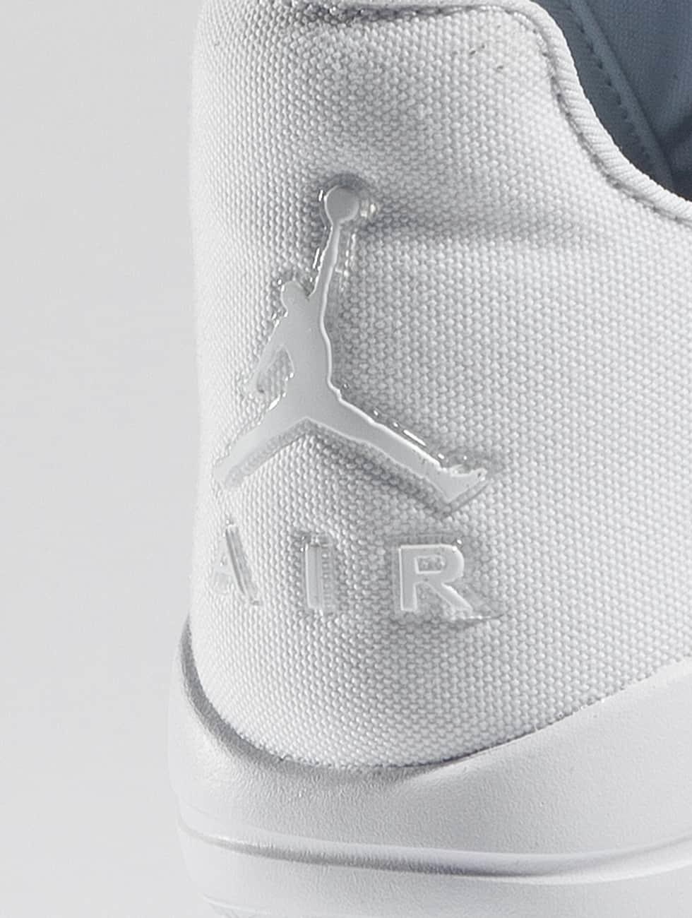 Chaussure Jordan / Éclipse De Chaussure En Blanc 306 739 Prix Pas Cher Marchand Sneakernews De Vente À Bas Prix Envoi Gratuit Dernières Collections mvJoYOHmMF