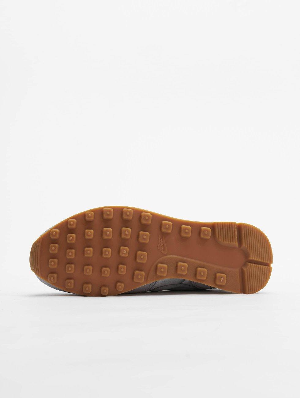 Nike Sko / Sneaker Wmns Inter Grå 344360 Kjøpe Billig Offisielle Nettstedet CjAooBWnv