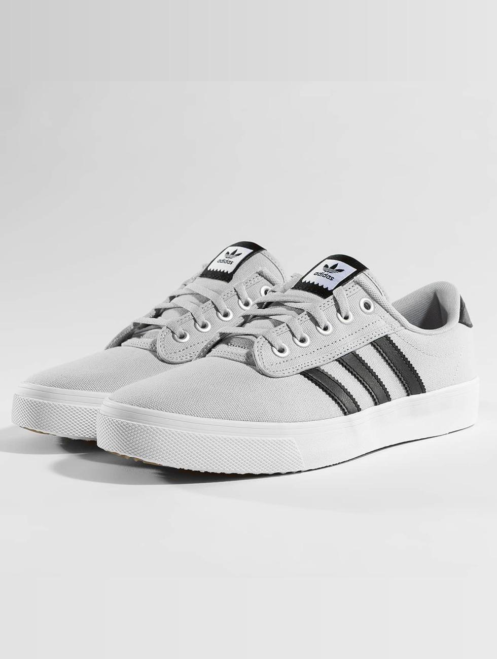 Adidas Originals Scarpa / Sneaker In Grembiule Grigio 401.843