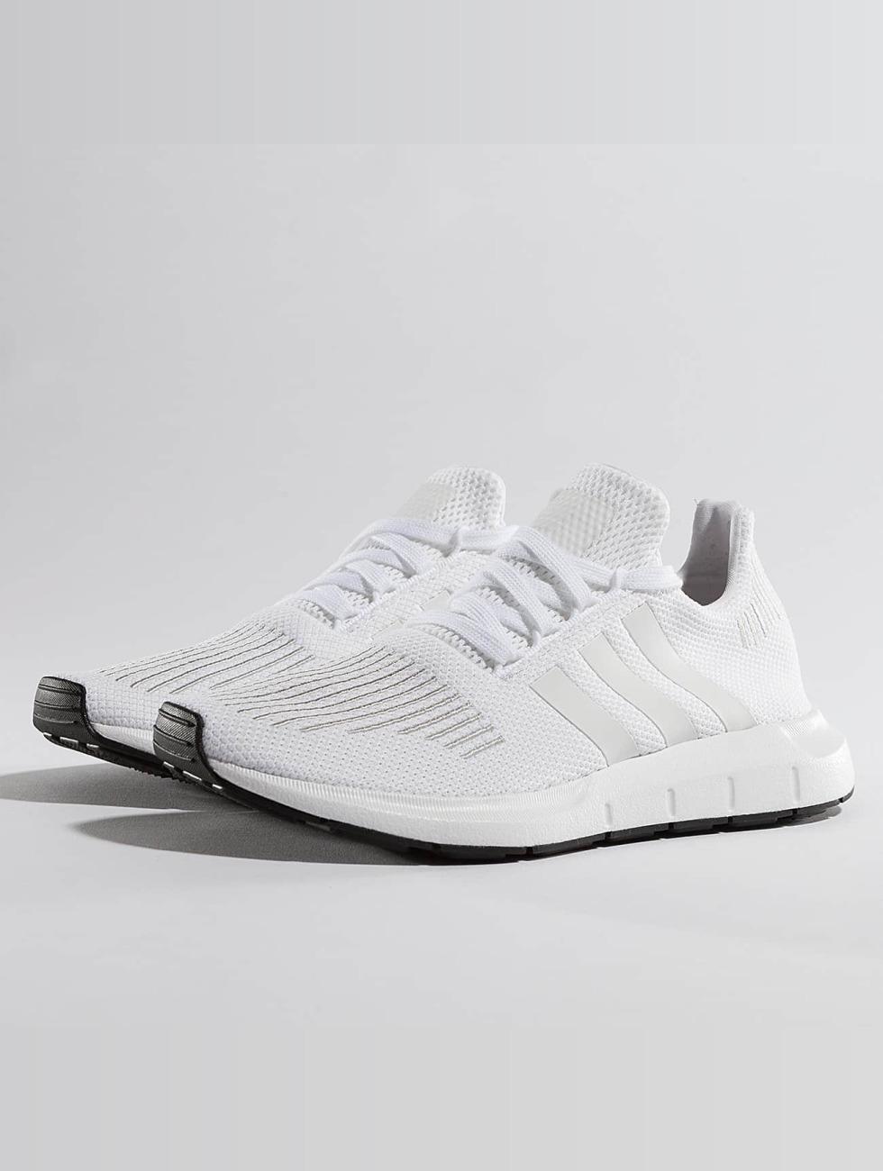 adidas originals Sneaker Swift Run weiß