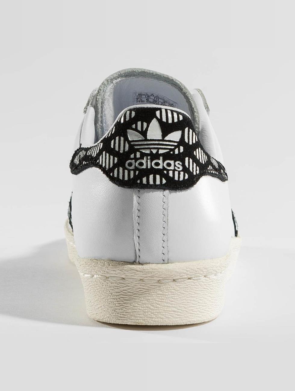 Adidas Originals Schoen / Sneaker Superstjerne På 80-tallet I Vidd 358443 Utløp Lav Kostnad Perfekt 44Wy3Hw