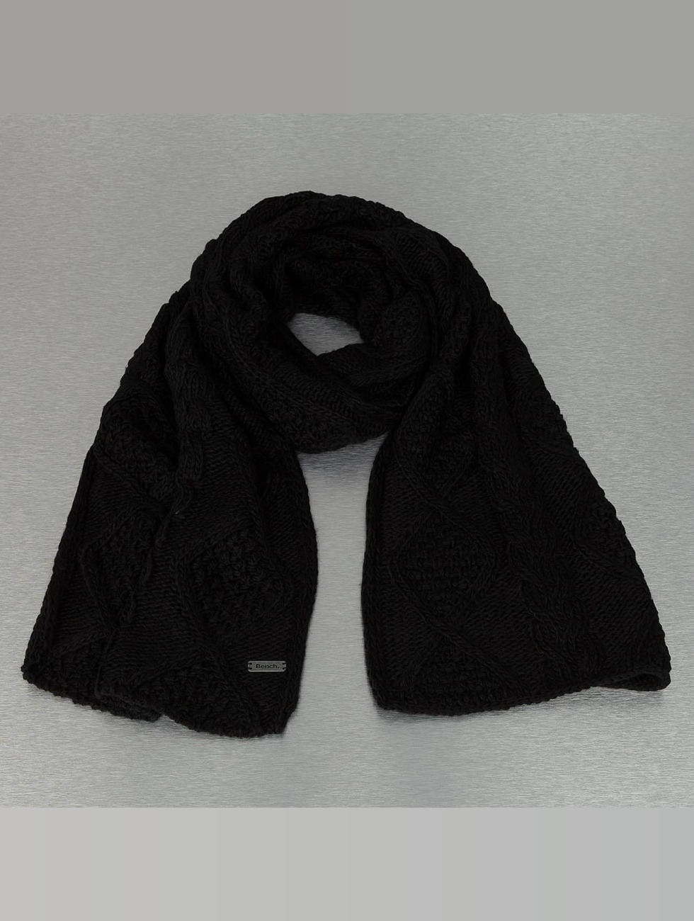 Bench Scarve / Shawl Careen Cable Knit black