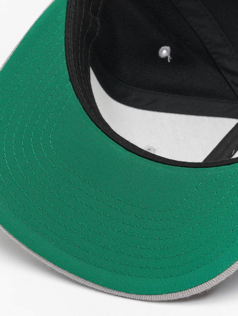 Flexfit snapback cap Classic zwart