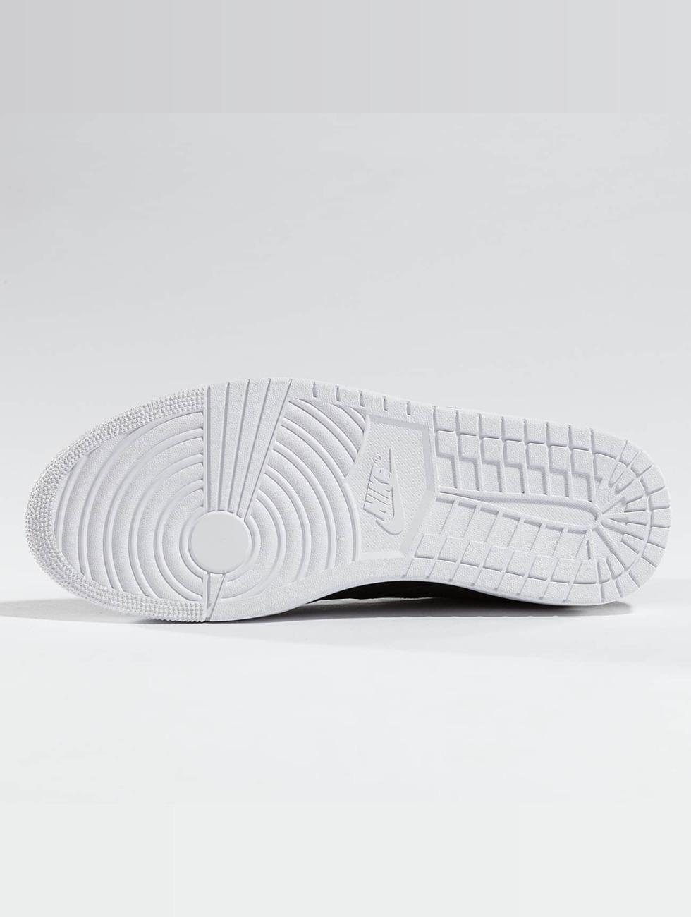Jordan Sneakers Flight Legend black