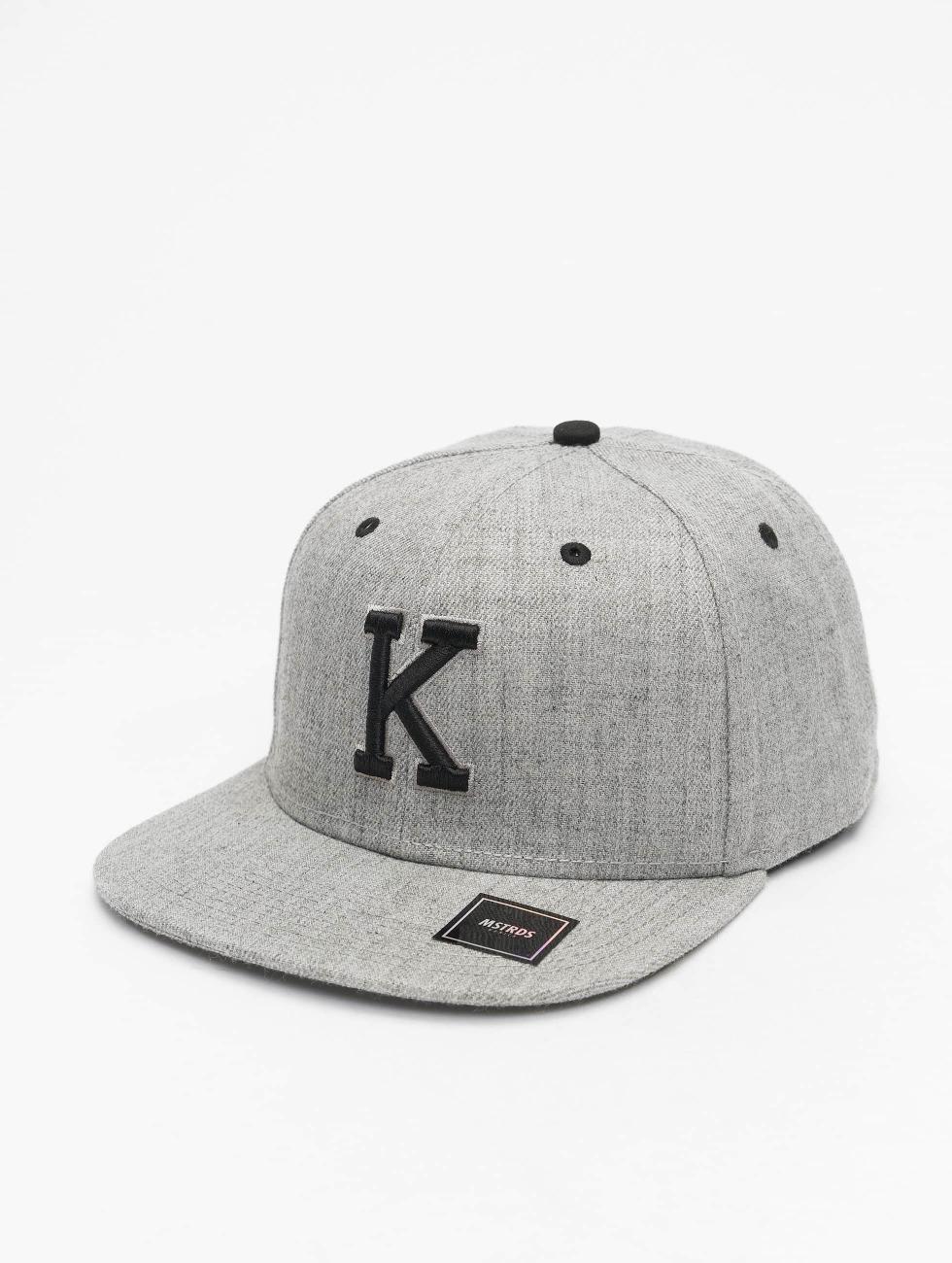 MSTRDS snapback cap K Letter grijs