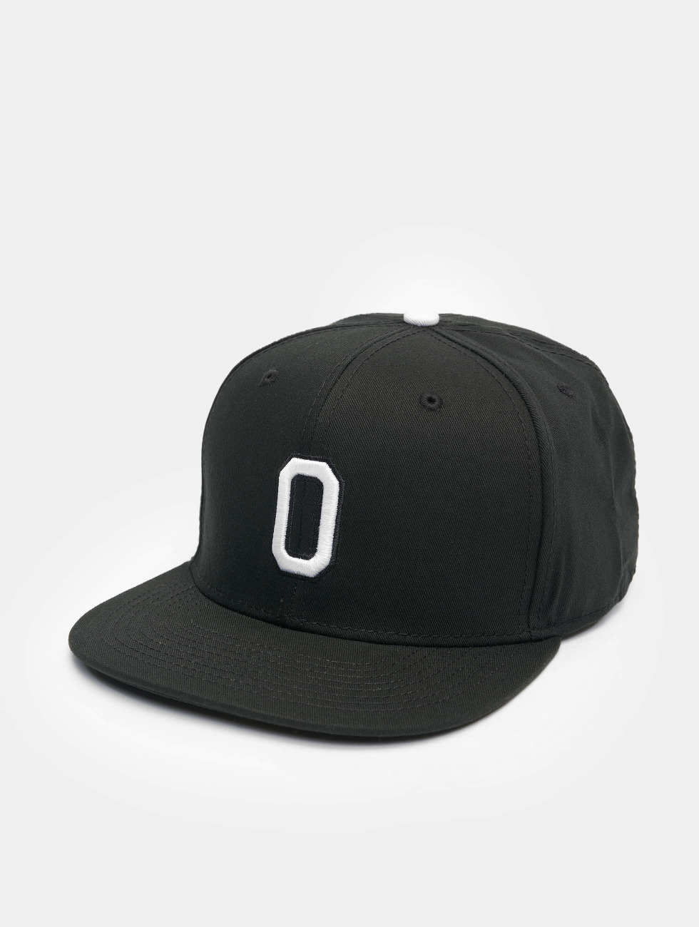 MSTRDS snapback cap O Letter zwart