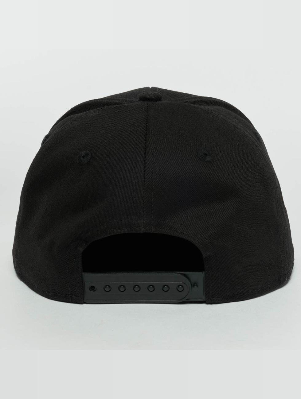 New Era Snapback Cap Metal Badge NY Yankees black
