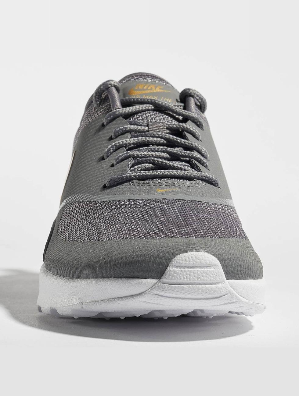 Pas Cher Nouvelle Arrivée Air Chaussure / Basket Nike Max Thea J En Gris 530289 Rabais Réel Footlocker À Vendre KEPeYb8
