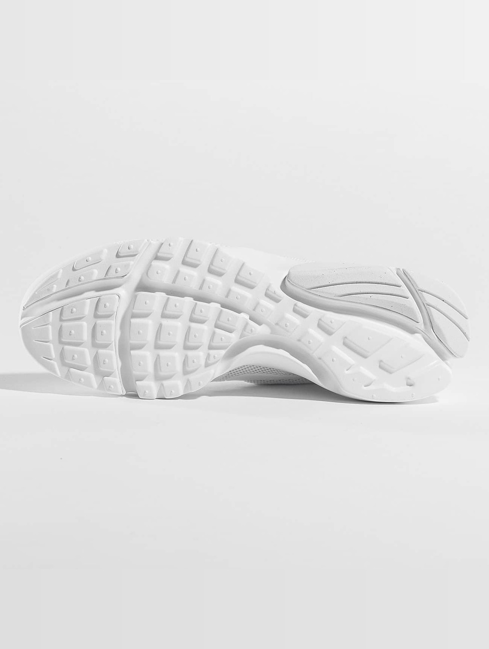 326fbbdd9ac1e Nike Skor   Sneakers Presto Fly i vit 343872