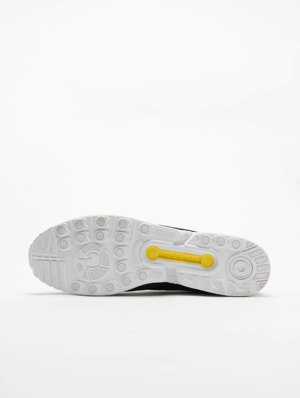 adidas originals Сникеры ZX Flux черный