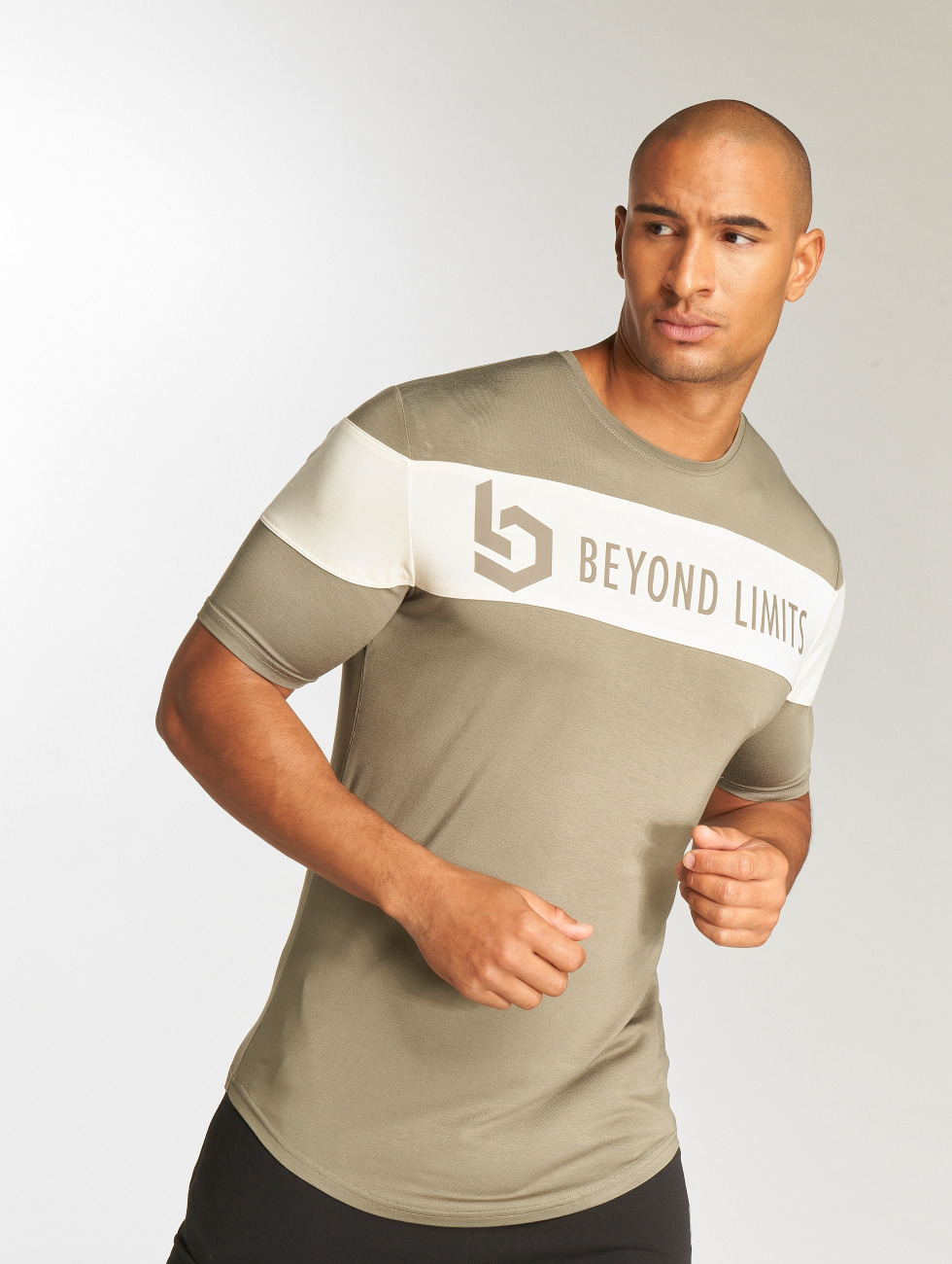 Beyond Limits T-Shirt Chronicle kaki