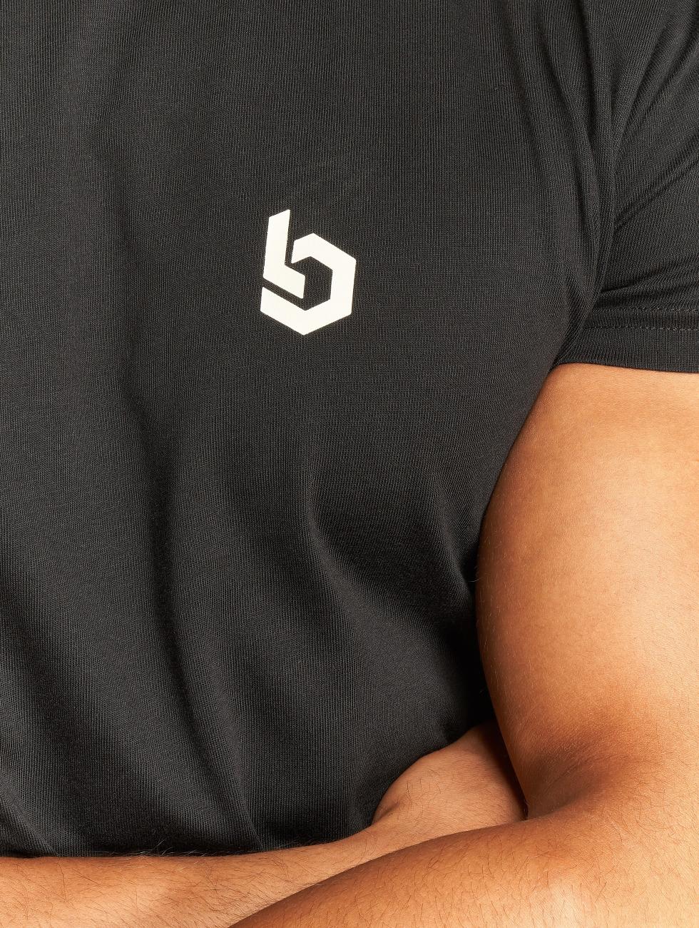 Beyond Limits t-shirt Foundation zwart