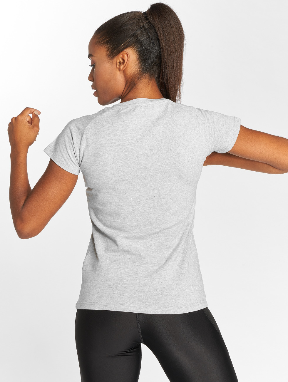 MOROTAI Camiseta Premium Basic Brand gris