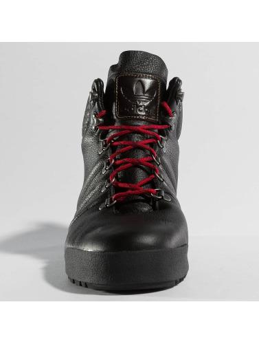 adidas originals Herren Boots Jake Blauvelt Boots in schwarz