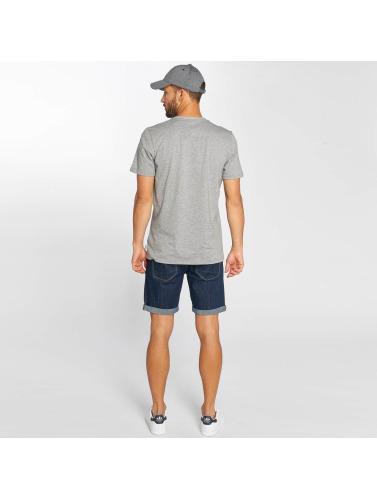 adidas originals Hombres Camiseta Laid Out in gris