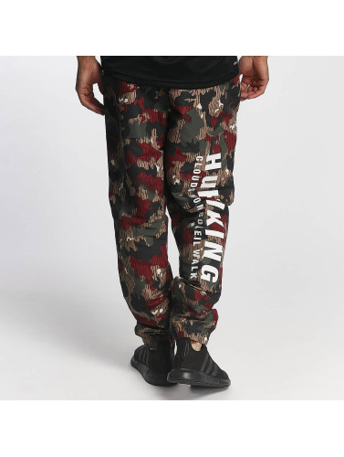 adidas originals Herren Chino PW HU Hiking Windpants in camouflage