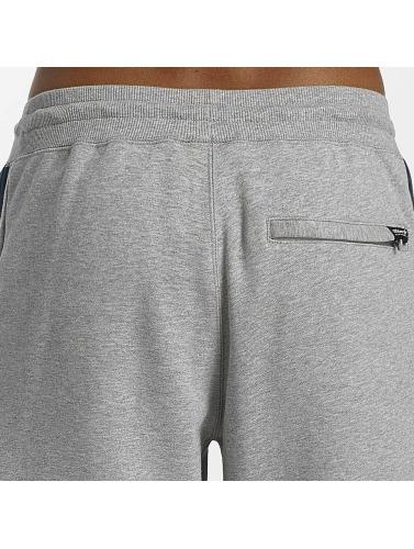adidas originals Herren Jogginghose Quarz Of Fleece in grau