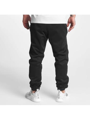 adidas originals Herren Jogginghose Winter in schwarz