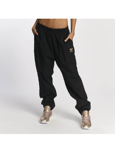 adidas originals Damen Jogginghose PW HU Hiking in schwarz